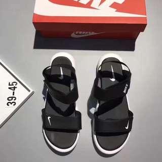 (Instock) Nike Roshe One Sandals