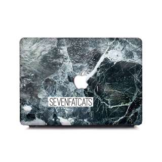 Thahita Macbook Cover