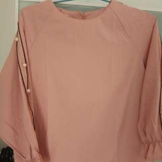 Long sleeves buttons blouse