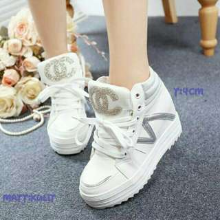 Sepatu boot chanel