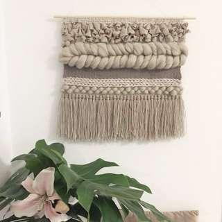 Wall Hanging weave - jumbo braid - taupe