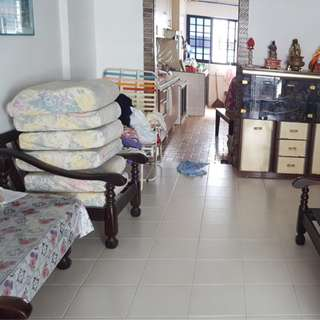 Common room @ 157 Tampines, 2 mins to MRT