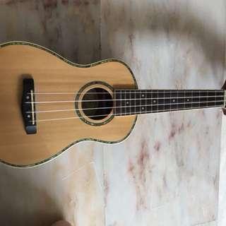 S Greg Bennett concert ukulele