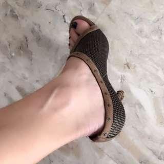 excellent condition authentic DIOR peeptoe tan mesh heels - fits 6.5-7