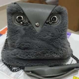 Owl furry small sling bag