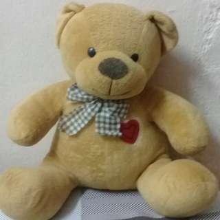 Lelong bear