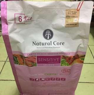 Natural Core Organic Sensitive Salmon 2.4kg