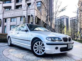 全額貸。2004年 BMW320 稀有正M版 黑頂棚黑內裝 倒車雷達 可履約保證無重大事故