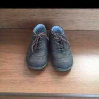 Sepatu Mothercare size 8 insole 17.5