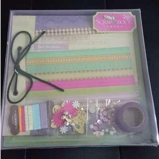 Deluxe Scrap Booking Kit