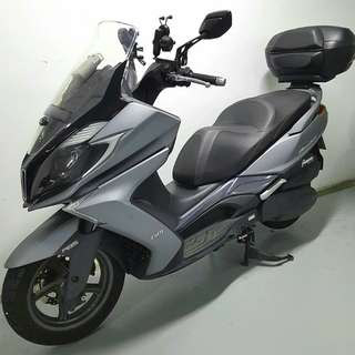 Very good condition 2015 Kymco Downtown 350i