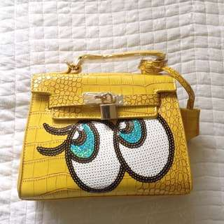 Big eyes Sling bag with Factory defect