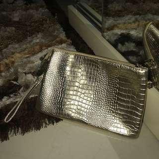 Clutch bag (gold)