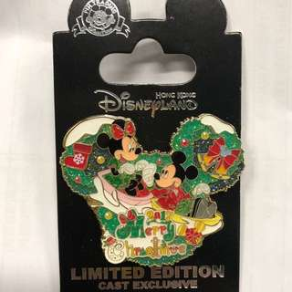 香港 迪士尼 徽章 Disney Pin Cast Executive Merry Christmas 2017