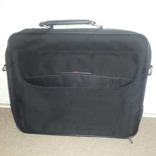 15.6 inch Toshiba laptop case