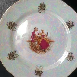 BN Retro Vintage Japanese Porcelein Seashell Plate- Royal Victorian