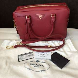 Authentic Prada Lux Saffiano ( mint condition )