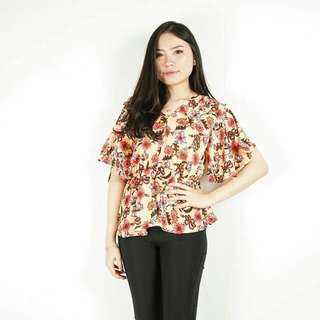 Flower Ruffle Hand Blouse