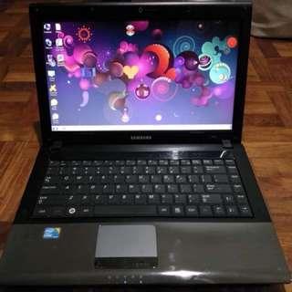 Laptop for sale! Samsung R440