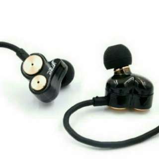 耳機 DZAT DT-05 重低音