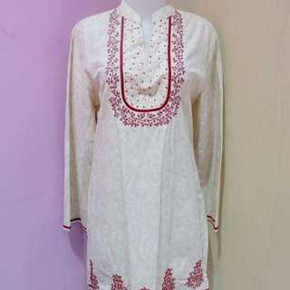 Accent Beige & Red Muslim Blouse