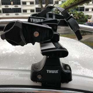 Thule bike rack and roof mount