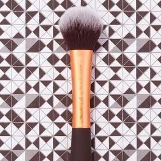 SALE! Real Techniques Powder Brush