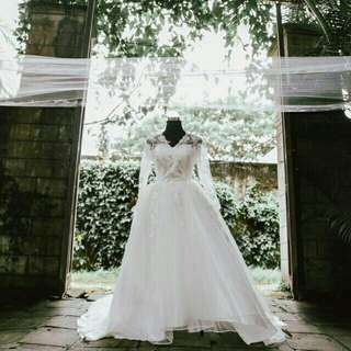 RePRICED PRE-LOVED WEDDING GOWN