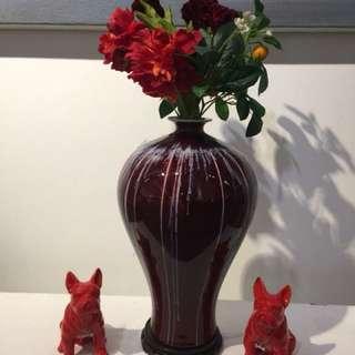 Ted pocelian vase