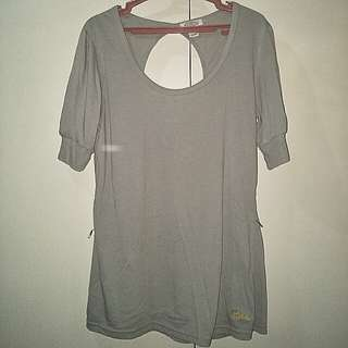 Mossimo round backless blouse