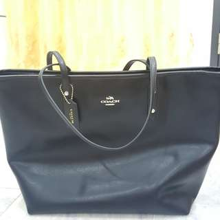 New COACH bag authentic