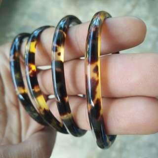 Gelang kulit penyu / gelang sisik penyu / gelang pendok / gelang kea model giok 0,5 cm