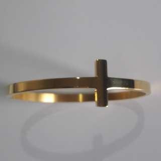 Cross bangle