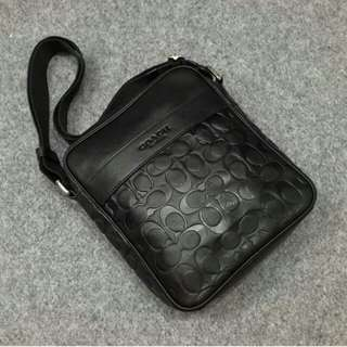 Tas coach men