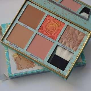 Benefit Cosmetics limited edition 'Cheek Parade' Blush kit