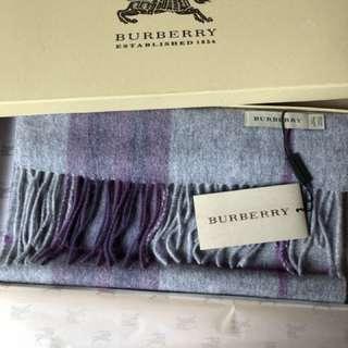 Burberry 羊毛頸巾