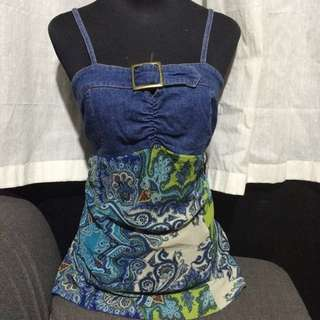 Slimming Jean And Paisley Tank Top