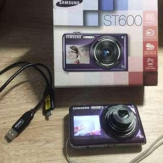 🚚 Samsung三星 ST600自拍神器雙螢幕數位相機