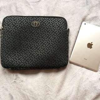 Laptop/ipad case