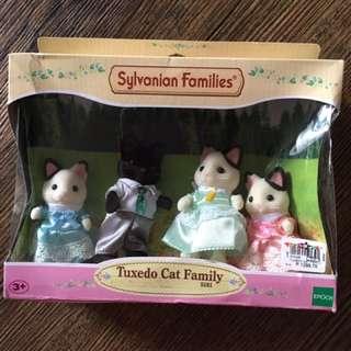 Sylvanian Families Tuxedo Cat Family