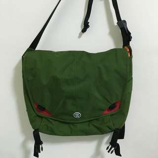 🚚 Crumpler 澳洲小野人˙15吋電腦側背包