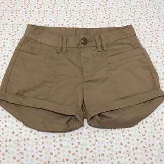 Hekey shorts