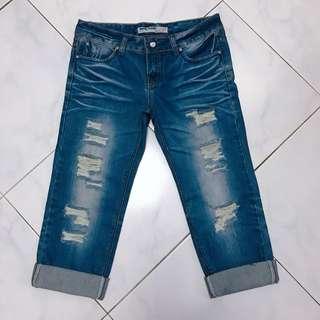 Jeans  > Very Nice  <