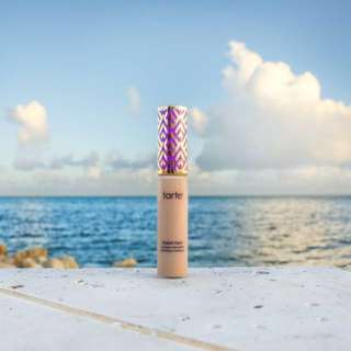Instock Tarte Shape Tape Concealer LIGHT