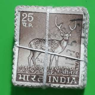 100 X india Definitive Vintage Stamps ( 1 BUNDLE ) - 1974 - 25p - CHITAL , Deer  - ALL THE STAMPS ARE NICELY PACKED in bundle, (1 bundle = 100 stamps )