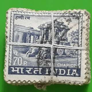 100 X india Definitive Vintage Stamps ( 1 BUNDLE ) - 1967 - 70p Hampi Chariot  - ALL THE STAMPS ARE NICELY PACKED in bundle, (1 bundle = 100 stamps )