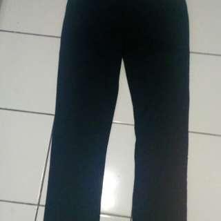 Celana hitam hmm slim fit
