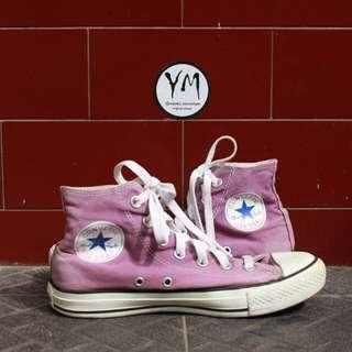 Converse high ungu