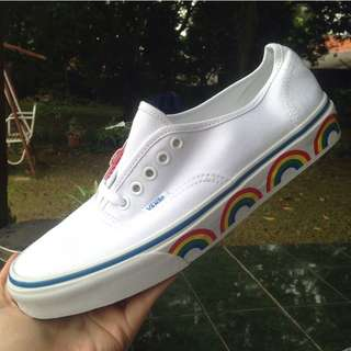 Vans authentic rainbow tape