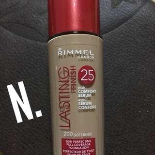 Rimmel lasting finish 200 soft beige